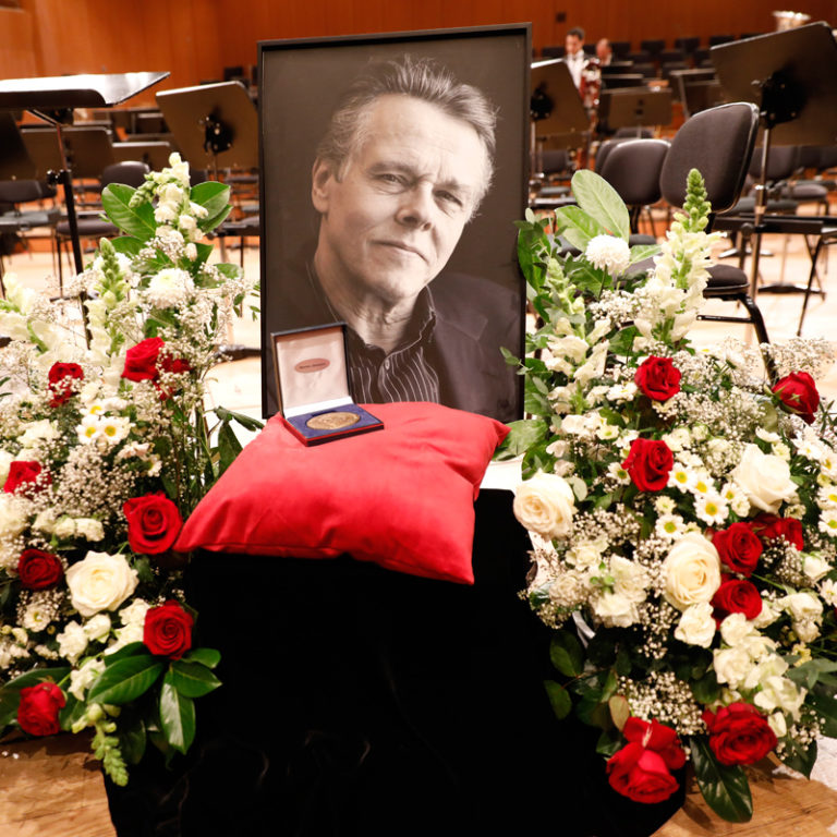 Concert video: In honor of Mariss Jansons